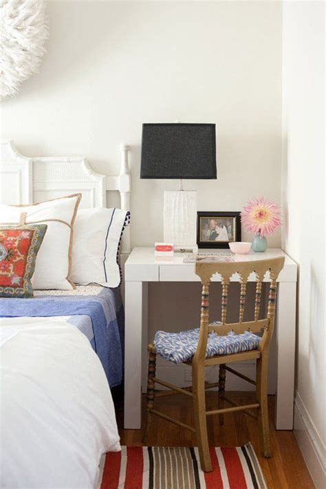 tiny bedroom makeover best 10 small desk bedroom ideas on pinterest small 13531 | f219e10b76c44b1b6c7f509240e8b223 small desks small spaces