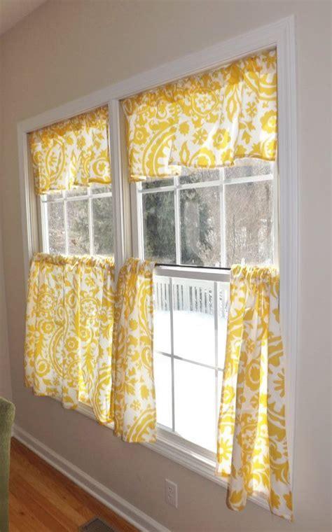 Kitchen Curtains Ideas by 1000 Ideas About Kitchen Curtains On Kitchen