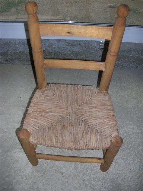 relooker chaise en bois relooker une chaise en paille 28 images comment