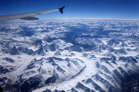 navigating  leh airport  ladakh india retreatours