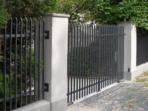 Moderne Häuser Mit Zaun by Moderne Z 228 Une Metall 2015 Gartenzaun Z 228 Une