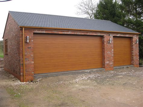 Double Garage : A Double Garage With Combined Workshop, Cheddleton