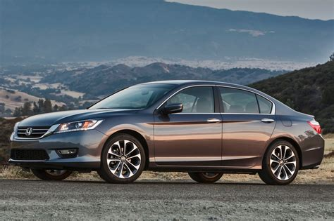 honda accord  sale pricing features edmunds
