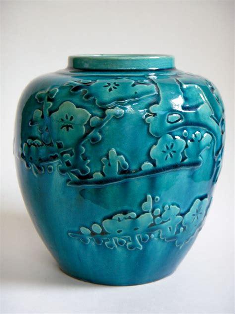 vintage japanese pottery vase  relief design