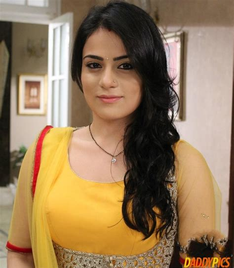 Radhika Madan (ishani) Latest Hd Wallpapers And Photos (30