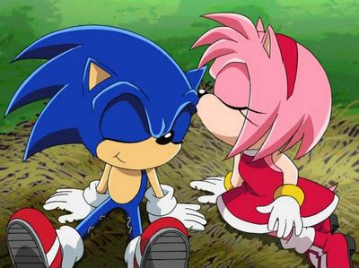 Am I the only one on this sonic fan thing who hates amy ...