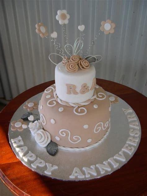 trendy wedding anniversary cake photojpg  comments