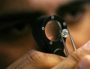India's diamond bourse set to shine anew | Reuters