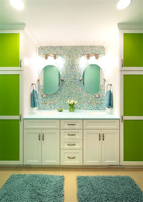 modern jack  jill bathroom  olamar interiors jack
