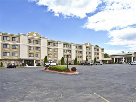 Holiday Inn Plattsburgh (Adirondack Area) Hotel by IHG