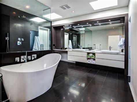 Custom Home-calgary-contemporary-bathroom-calgary