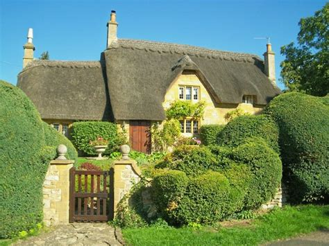 Cotswolds Cottage by Cotswold Cottage With Topiary 169 Luther Cc