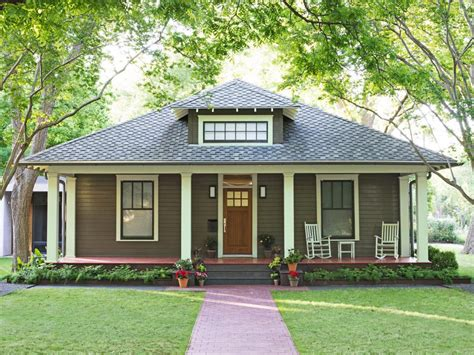 homes with great curb appeal homes with great curb appeal in austin texas hgtv