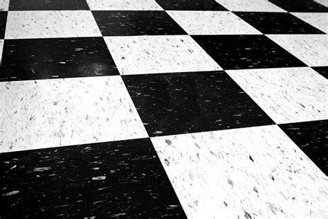 interlocking floor mats self adhesive floor tiles cheap