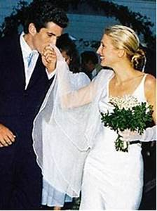 carolyn bessette wedding dress carolyn bessette wedding With carolyn bessette wedding dress