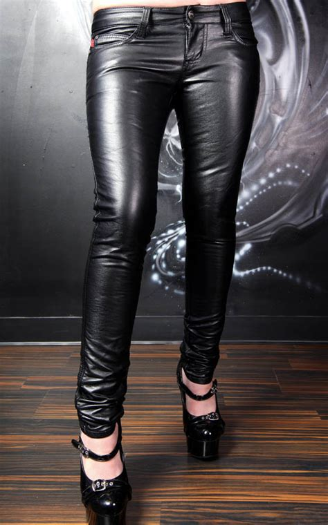 Pleather Leggings The Best Choice For Comfort and Versatility