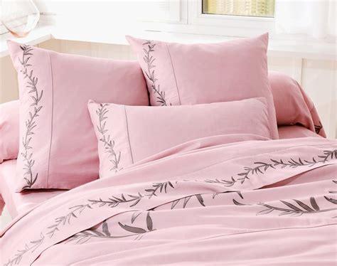 linge de maison brode parure de lit becquet charme et el 233 gance