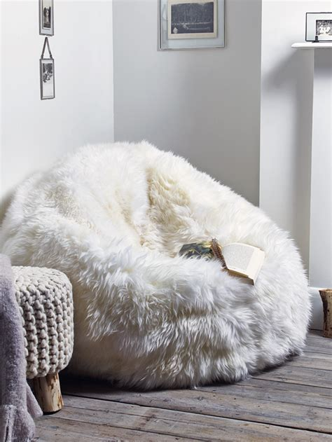 pouf pour chambre fauteuil pouf design pour un intérieur confortable