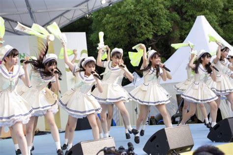 tokyo idol festival  reune   idols  grupos