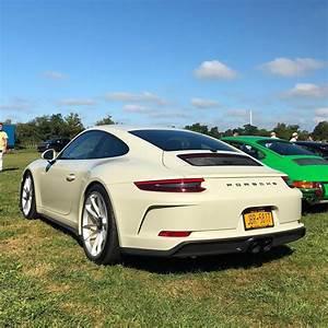 Porsche 996 Gt3 : olive green 2018 porsche 911 gt3 touring package begs for a getaway in stockholm autoevolution ~ Medecine-chirurgie-esthetiques.com Avis de Voitures