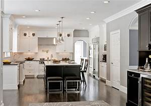 how to use dark floors to brighten your dull home With dark floors make room look smaller
