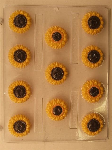 sunflower bite size clear plastic chocolate candy mold