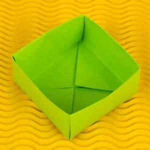 Anleitung Schachtel Falten : origami schachtel falten mit deckel anleitung geschenkbox basteln ~ Yasmunasinghe.com Haus und Dekorationen