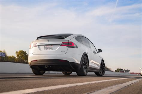 Tesla Model X P90d Is The Quickest Suv We've Ever Tested