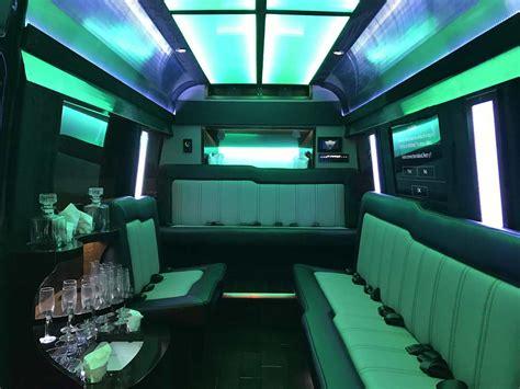 So erreichen sie uns per e.mail, telefon, fax oder post. Mercedes & Sprinter Vans rental service Clearwater, FL.