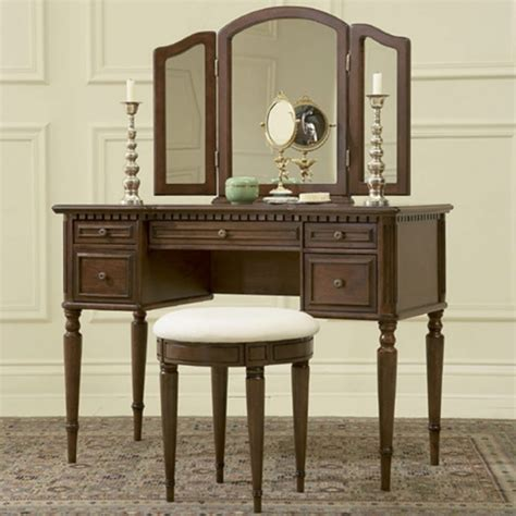 Bedroom Furniture Vanity Table Mirror Dressing Table And