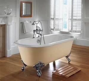 Badewanne Mit Füßen : freistehende badewanne f r eine luxuri se ~ Lizthompson.info Haus und Dekorationen