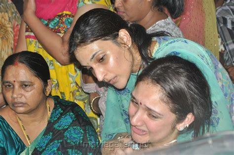 actress kanaka funeral photo picture 520058 manjula vijayakumar passes away stills