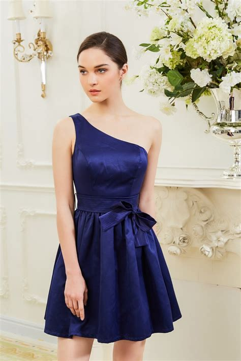 robe demoiselle d honneur bleu robe demoiselle d honneur courte bleu ref c901 robe de cocktail