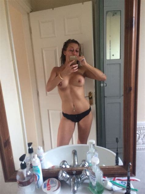 Suzanne Collins Nude And Sexy Leaked Fappening 69 Photos