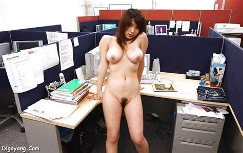Foto Bugil Sekretaris Cantik Teman Kencan Bos Di Kantor