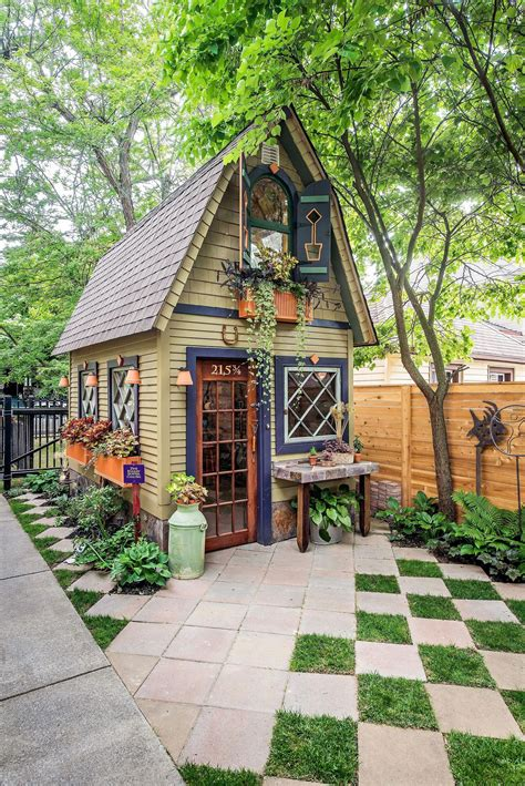 Fun She Shed Conversion Ideas Small cottage garden ideas