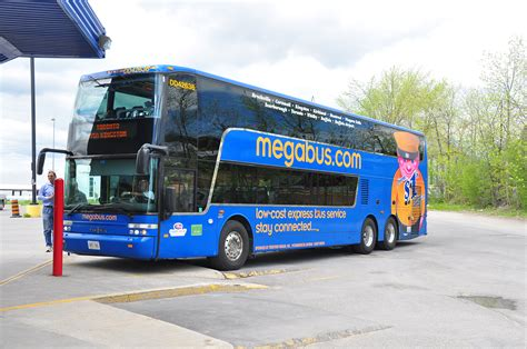 Megabus Bathroom Decker by Megabus Pictures To Pin On Pinsdaddy