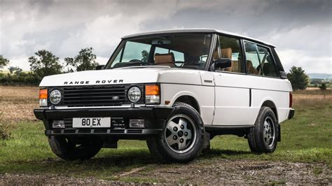 vintage land rover this restomod range rover classic costs 95 000 is it