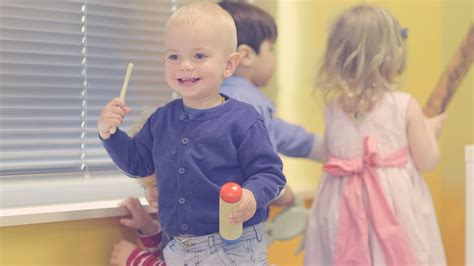 Crèche Bilingue Baby Montessori Youtube