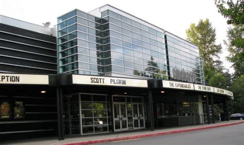 cinebarre mountlake terrace cinebarre to show seahawks for rest of 2013 season