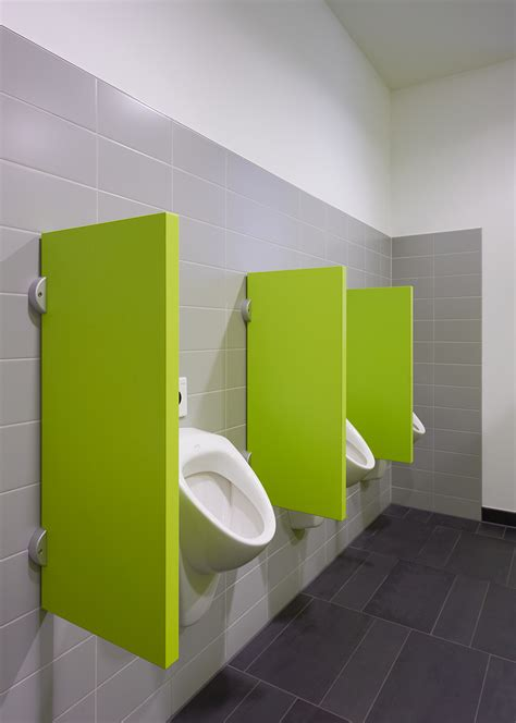 was ist eine schamwand wc schamwand awesome inspiration for a small gray tile