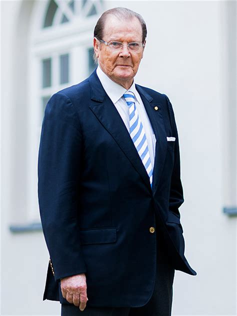 roger moore griffiths and armour roger moore dead james bond actor 89 battled cancer