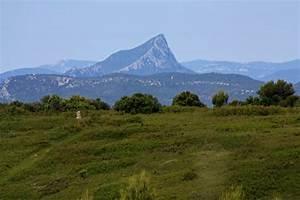 La Poste St Loup : fichier le pic saint wikip dia ~ Dailycaller-alerts.com Idées de Décoration