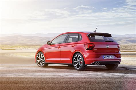 New 2018 Volkswagen Polo Revealed Has Coolest Dash Ever