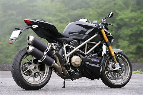 The Gallery For --> Streetfighter Motorcycle