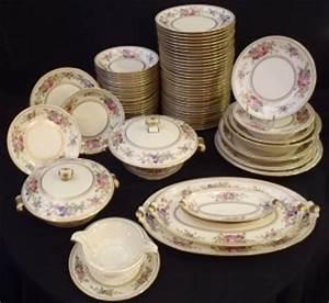 Service De Table Pas Cher : service table porcelaine design en image ~ Teatrodelosmanantiales.com Idées de Décoration