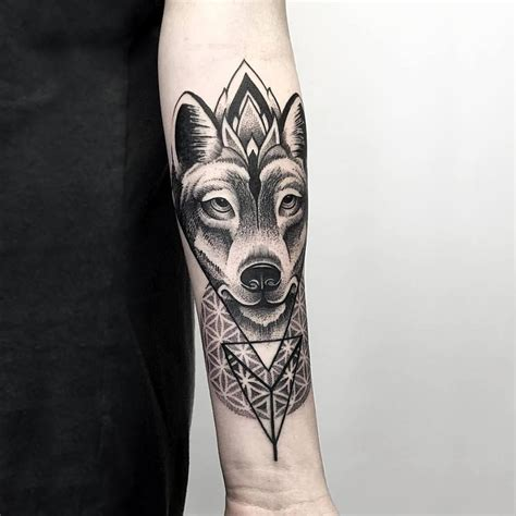 breathtaking wolf tattoo designs tats  rings