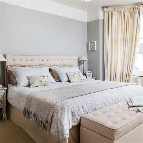 modern metal wall grey bedroom ideas grey bedroom decorating grey colour