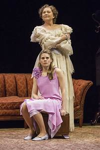 Celia Keenan-Bolger is Laura in 'The Glass Menagerie' - NY ...