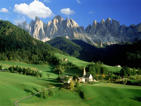 Val Di Funes Dolomites Italy Wallpapers Hd Wallpapers